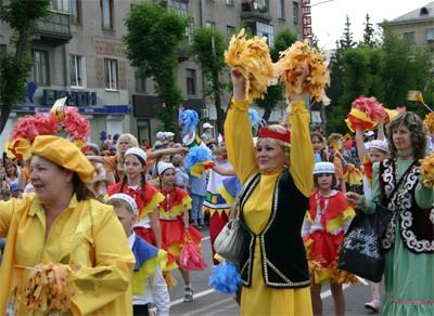 Яркие краски карнавала