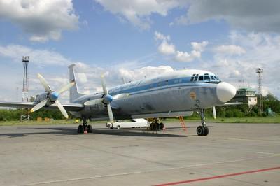 Самолет Ил-18