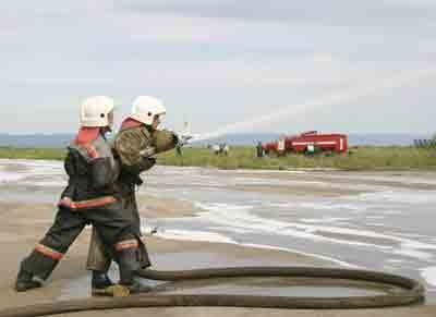 Огнеборцы за работой